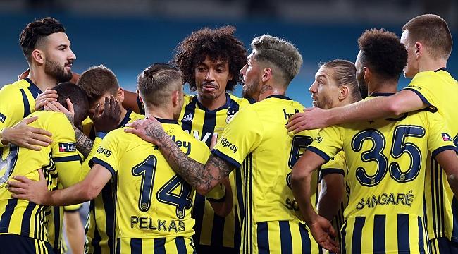 Fenerbahçe - Rizespor muhtemel 11'ler