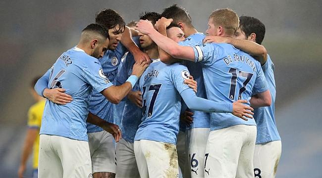 Manchester City seriye 'devam' dedi, zirve kızıştı!