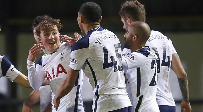 Tottenham, 8. lig ekibine hiç acımadı! 5 gol...