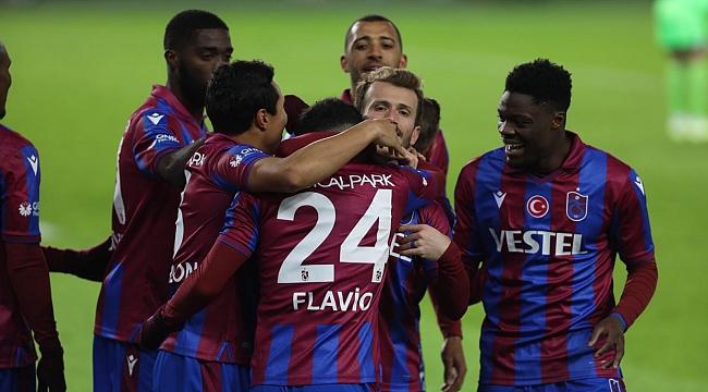 Trabzonspor hatasız devam ediyor