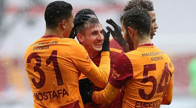 Galatasaray, Mostafa ile güldü!