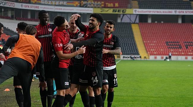 Gaziantep FK ikinci yarıda açıldı