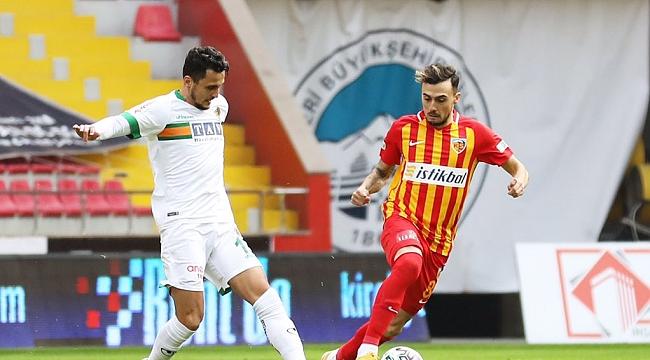 Süper Lig'de 3 maç, 2 beraberlik