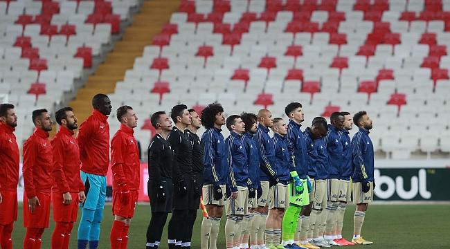 Trabzonspor - Fenerbahçe maçını hakemi açıklandı