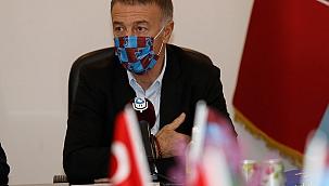 Ağaoğlu'ndan hakeme tepki; ''Uzaydan penaltı''