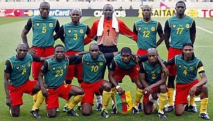 Dünya Kupası'nın unutulmaz formaları; Kamerun