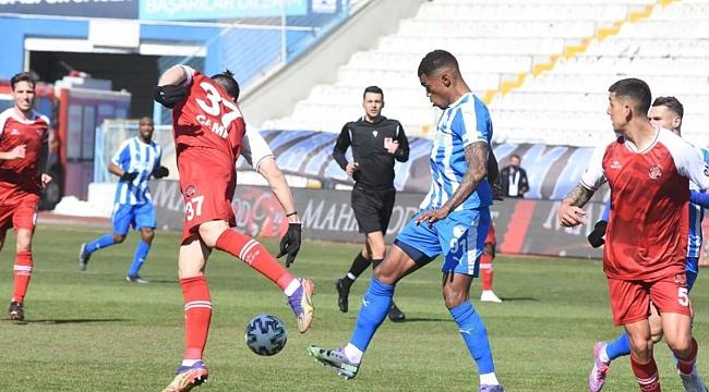 Erzurum'da 4 gol var ama kazanan çıkmadı