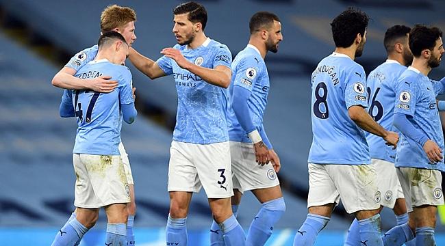 Manchester City derbinin acısını çıkardı! 7 gol...