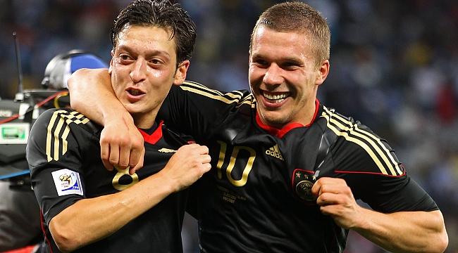 Podolski, Mesut Özil'i anlattı