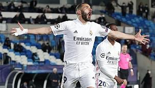 Real Madrid çeyrek finalde! Benzema tarihe geçti
