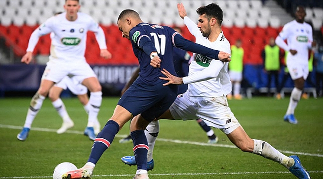 Yusuf Yazıcı kaçırdı, PSG güle oynaya turladı!