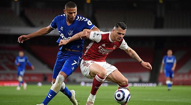 Arsenal evinde tek golle yıkıldı! Yarış kızıştı