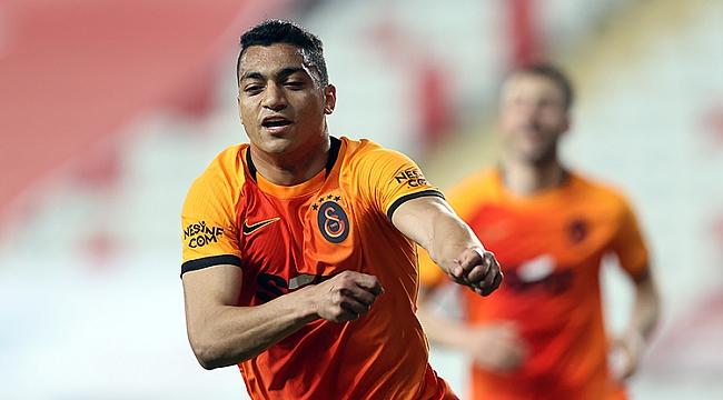 Galatasaray, Mostafa ile duvarı aştı