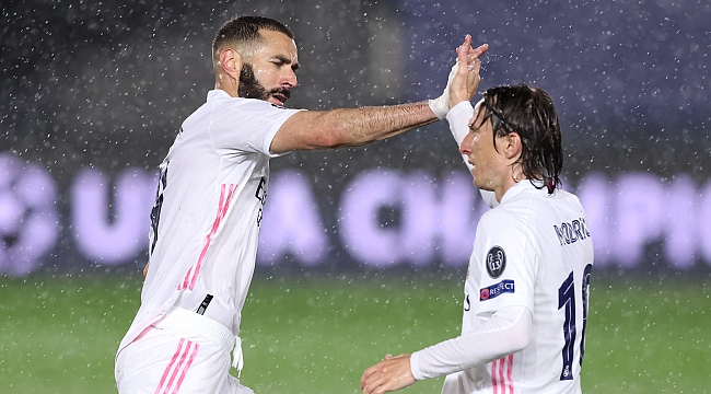 Karim Benzema, Raul'u yakaladı