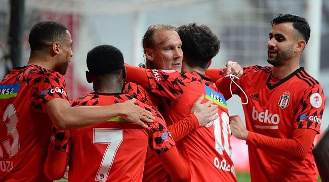 Rizespor - Beşiktaş muhtemel 11'ler