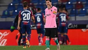 Barcelona şampiyonluğu elleriyle verdi! 6 gol...