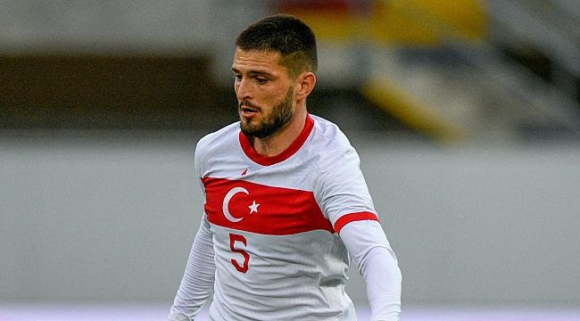 Fenerbahçe milli oyuncunun peşinde