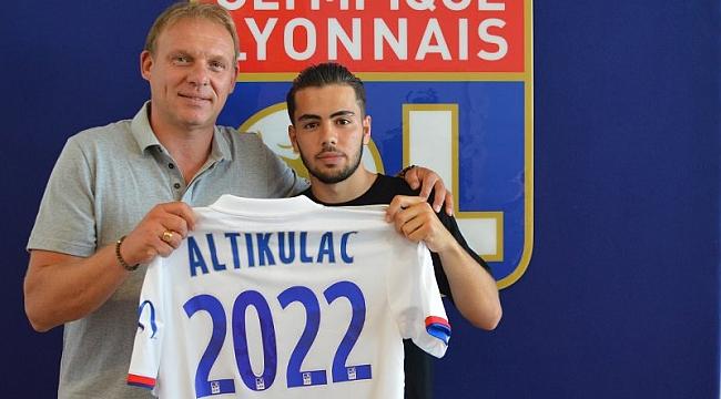 Altay, Lyon'dan transfer yapıyor! Genç Türk