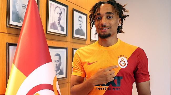 Galatasaray sağ bek transferini açıkladı