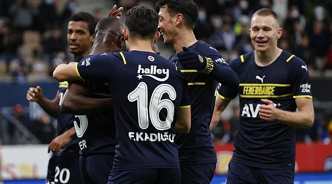 Altay - Fenerbahçe muhtemel 11'ler