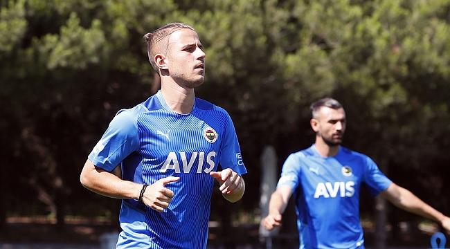 Fenerbahçe'de Pelkas sakatlandı
