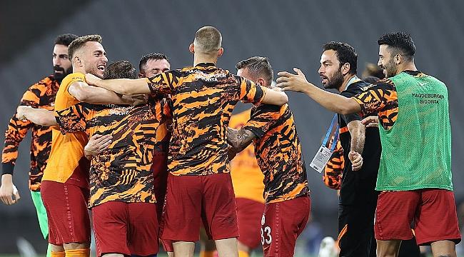 Galatasaray sezon başı geleneğini sürdürdü