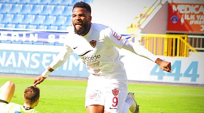 Boupendza'nın transferini açıkladı