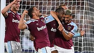 Premier League'in flaş takımı! 2. haftada lider...