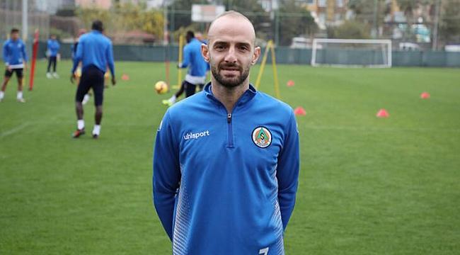 Trabzonspor'da Efecan Karaca çağrısı!