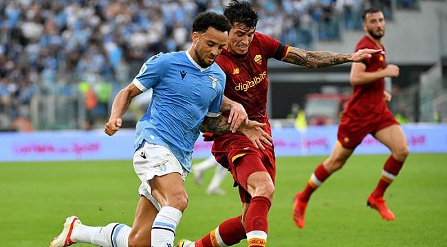 Derbide kazanan Sarri'nin Lazio'su oldu! Mourinho...