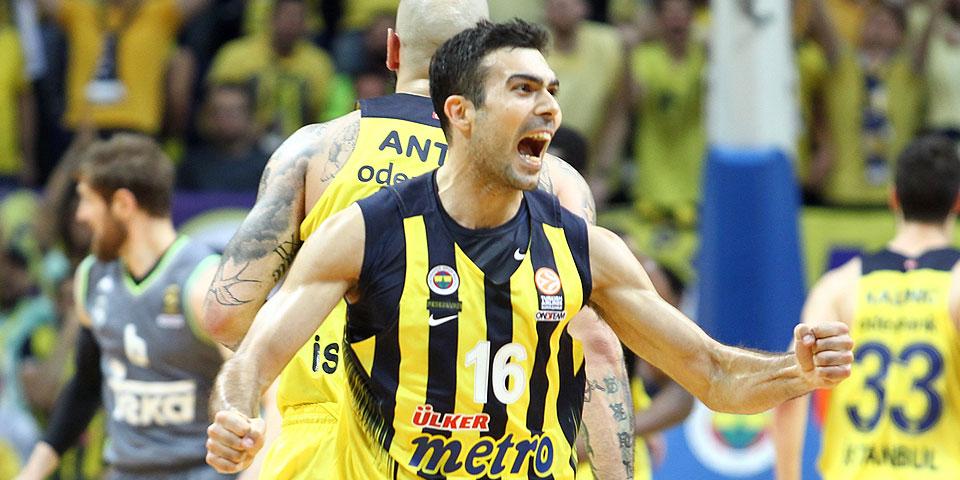 Fenerbahçe'de Sloukas müjdesi
