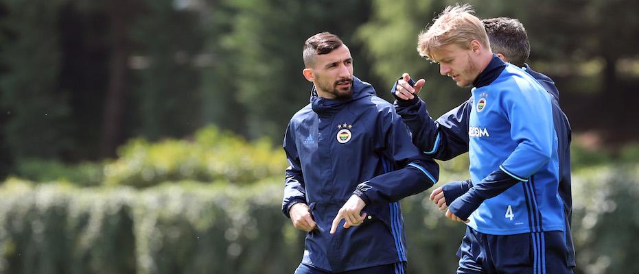 Fenerbahçe'ye derbi müjdesi Kjaer