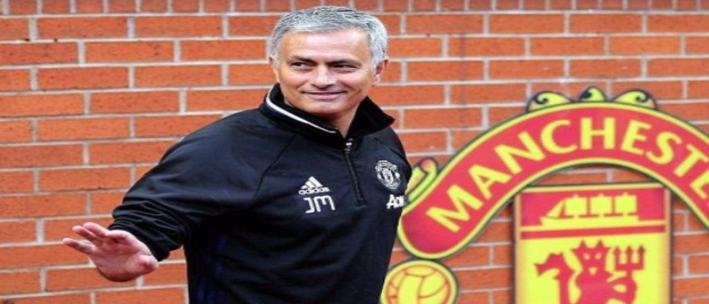 Mourinho Alex Ferguson'ı yakaladı