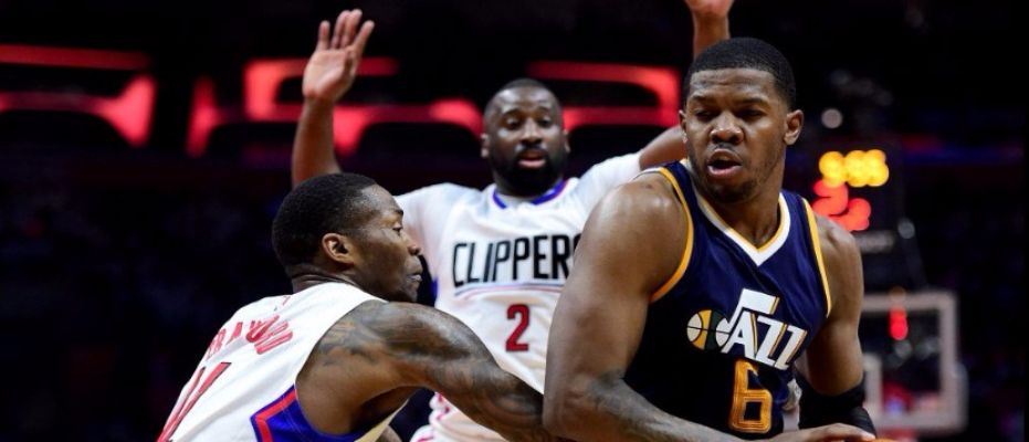 Clippers evinde kaybetti