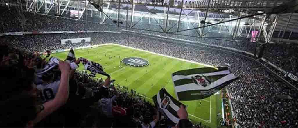 Beşiktaş da arenayı kaldırdı