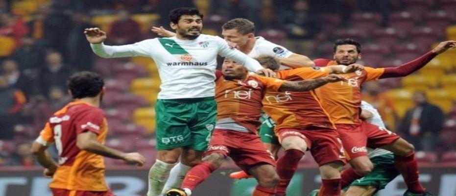 Bursaspor - Galatasaray maçının ilk 11'leri açıklandı