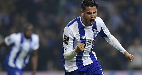 Fenerbahçe'nin hedefindeki stoper Diego Reyes'i tanıyalım