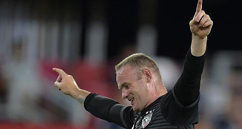 Wayne Rooney'den uzak mesafeli füze